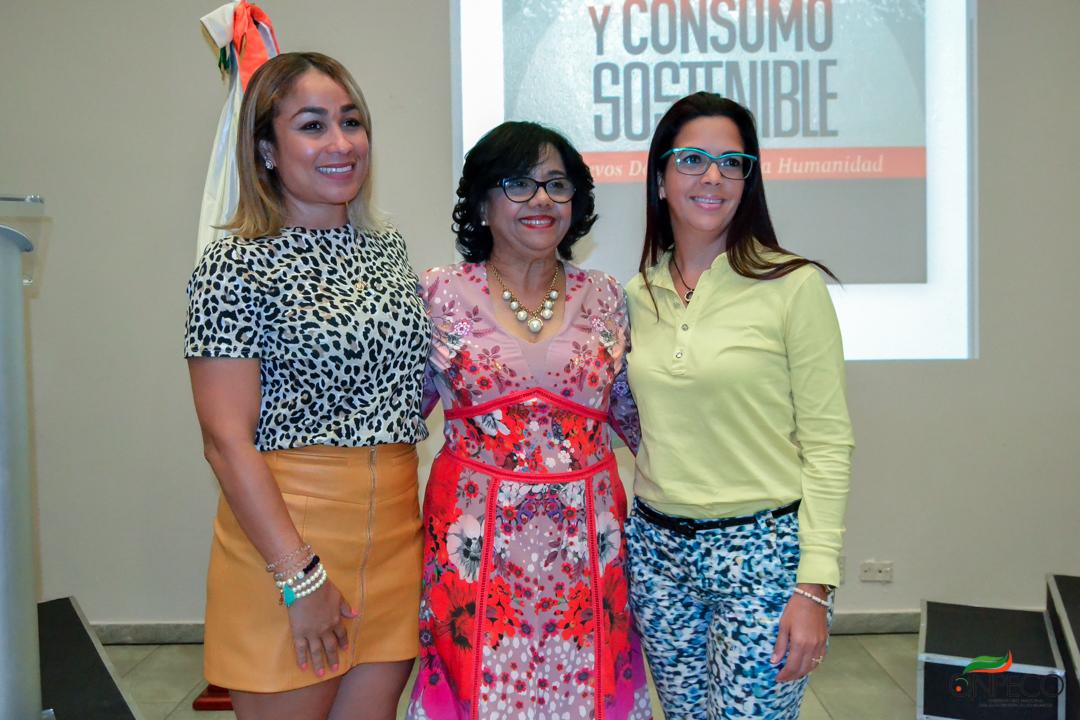 Con gran éxito en la ciudad de Santigo se celebró el Segundo conversatorio sobre la Obsolescencia Programada y Consumo Sustentable.