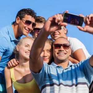 Un turista responsable siempre pedirá permiso si va a tomar fotos de grupos o personas que no sean de su grupo