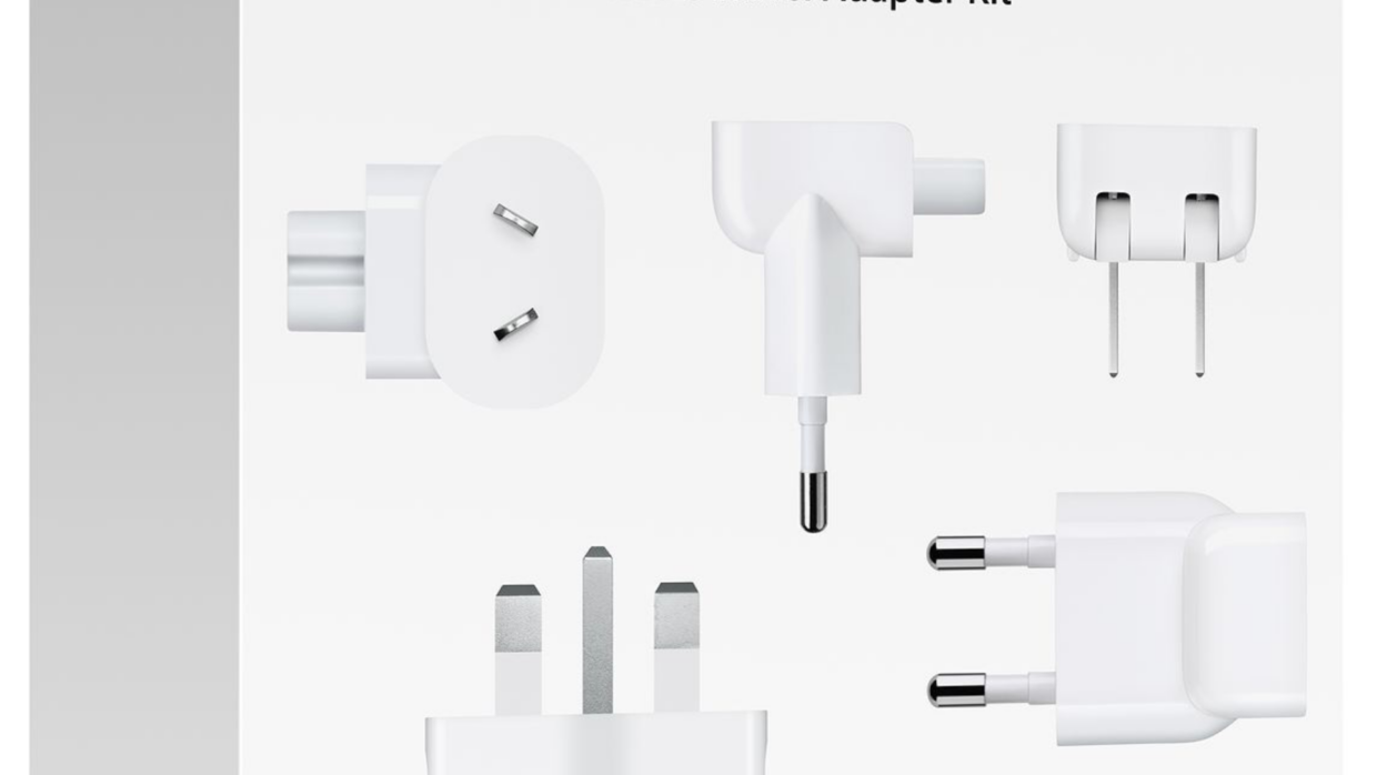 Apple retira del mercado adaptadores para enchufe de pared de tres clavijas incluidos en el World Travel Adapter Kit debido a riesgo de choque eléctrico
